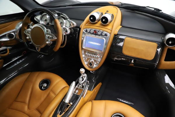 Used 2014 Pagani Huayra Tempesta for sale $2,195,000 at Pagani of Greenwich in Greenwich CT 06830 21