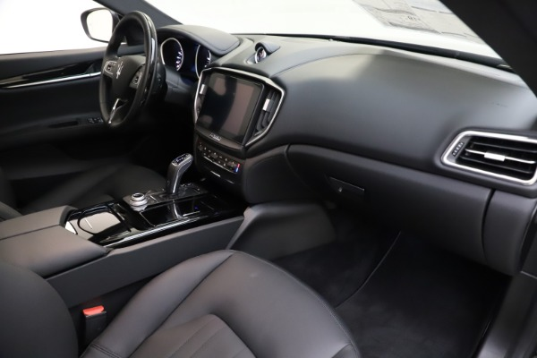 New 2019 Maserati Ghibli S Q4 for sale $91,165 at Pagani of Greenwich in Greenwich CT 06830 21