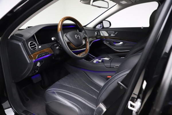Used 2016 Mercedes-Benz S-Class Mercedes-Maybach S 600 for sale $87,900 at Pagani of Greenwich in Greenwich CT 06830 21