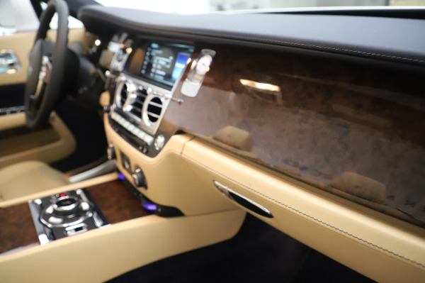 New 2020 Rolls-Royce Dawn for sale Sold at Pagani of Greenwich in Greenwich CT 06830 27