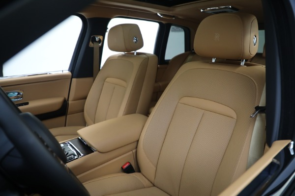 Used 2020 Rolls-Royce Cullinan for sale Call for price at Pagani of Greenwich in Greenwich CT 06830 13