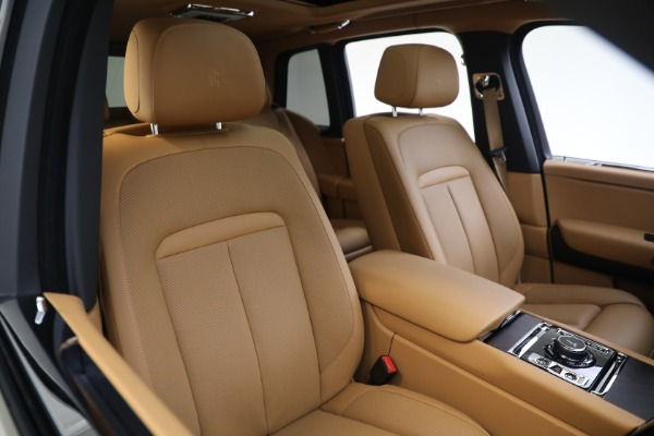 Used 2020 Rolls-Royce Cullinan for sale Call for price at Pagani of Greenwich in Greenwich CT 06830 14