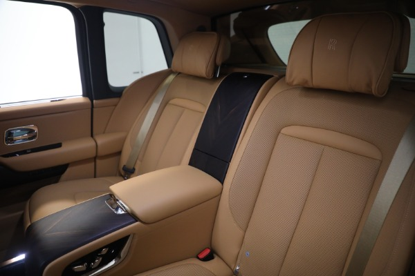 Used 2020 Rolls-Royce Cullinan for sale Call for price at Pagani of Greenwich in Greenwich CT 06830 18