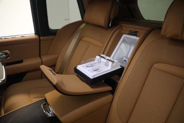 Used 2020 Rolls-Royce Cullinan for sale Call for price at Pagani of Greenwich in Greenwich CT 06830 21