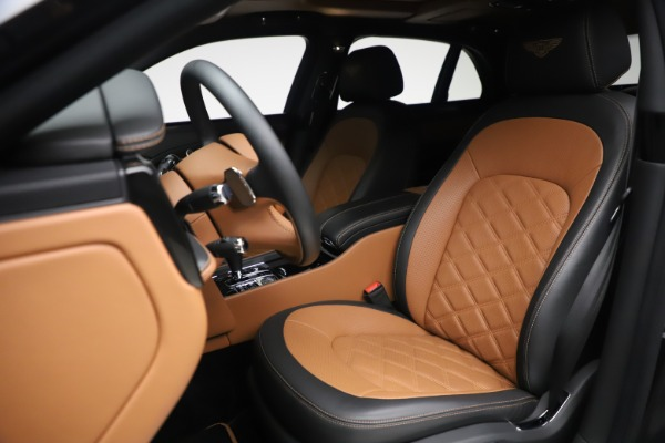 Used 2016 Bentley Mulsanne Speed for sale $146,900 at Pagani of Greenwich in Greenwich CT 06830 15