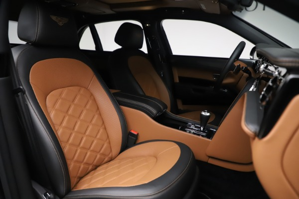 Used 2016 Bentley Mulsanne Speed for sale $146,900 at Pagani of Greenwich in Greenwich CT 06830 20
