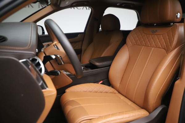 Used 2017 Bentley Bentayga W12 for sale $145,900 at Pagani of Greenwich in Greenwich CT 06830 17