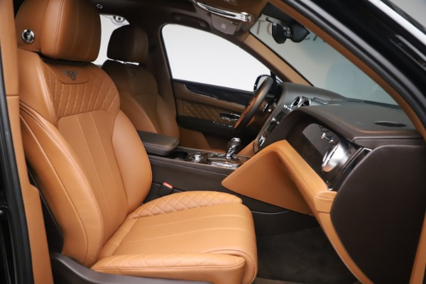 Used 2017 Bentley Bentayga W12 for sale $145,900 at Pagani of Greenwich in Greenwich CT 06830 24