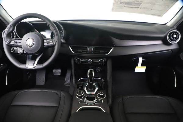 New 2020 Alfa Romeo Giulia Ti Q4 for sale $49,245 at Pagani of Greenwich in Greenwich CT 06830 16