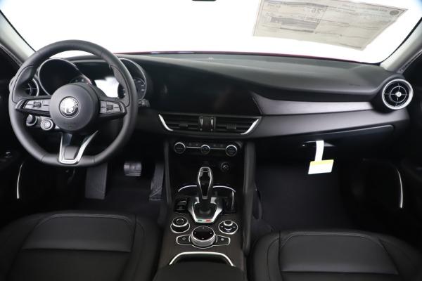 New 2020 Alfa Romeo Giulia Ti Q4 for sale $47,745 at Pagani of Greenwich in Greenwich CT 06830 15