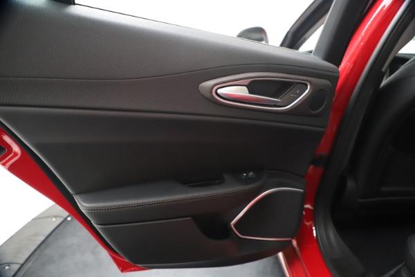 New 2020 Alfa Romeo Giulia Ti Q4 for sale $47,745 at Pagani of Greenwich in Greenwich CT 06830 20