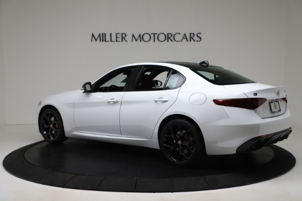 New 2020 Alfa Romeo Giulia Sport Q4 for sale $49,145 at Pagani of Greenwich in Greenwich CT 06830 4