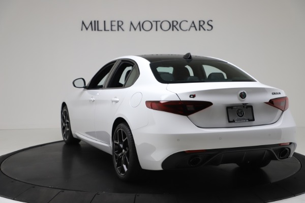 New 2020 Alfa Romeo Giulia Sport Q4 for sale $49,145 at Pagani of Greenwich in Greenwich CT 06830 5