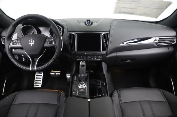 New 2020 Maserati Levante Q4 GranSport for sale $88,585 at Pagani of Greenwich in Greenwich CT 06830 16