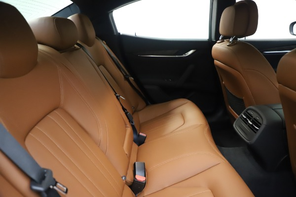 New 2020 Maserati Ghibli S Q4 for sale $82,385 at Pagani of Greenwich in Greenwich CT 06830 27