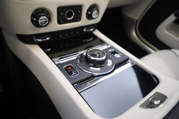 Used 2017 Rolls-Royce Dawn Base for sale Call for price at Pagani of Greenwich in Greenwich CT 06830 24