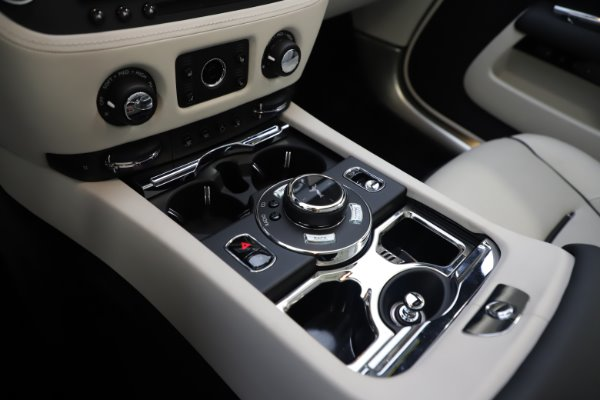 Used 2017 Rolls-Royce Dawn Base for sale Call for price at Pagani of Greenwich in Greenwich CT 06830 25