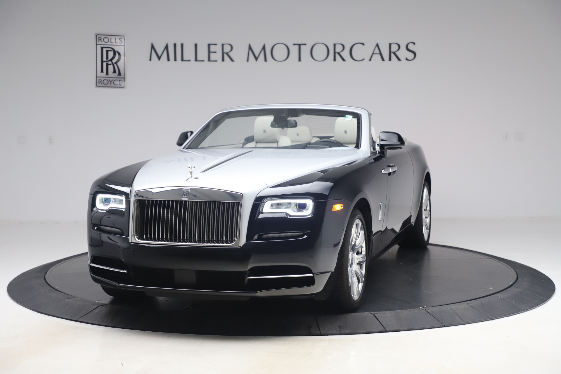 Used 2017 Rolls-Royce Dawn Base for sale Call for price at Pagani of Greenwich in Greenwich CT 06830 1