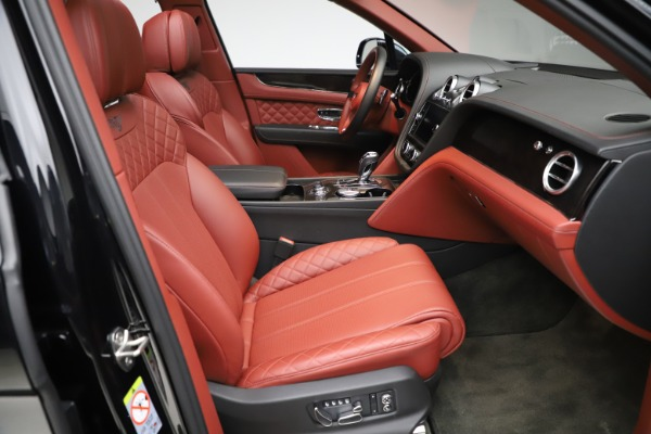 Used 2017 Bentley Bentayga W12 for sale $145,900 at Pagani of Greenwich in Greenwich CT 06830 26