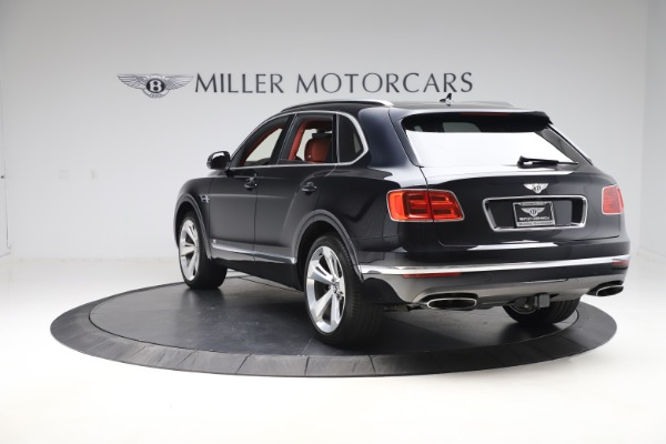 Used 2017 Bentley Bentayga W12 for sale $145,900 at Pagani of Greenwich in Greenwich CT 06830 5