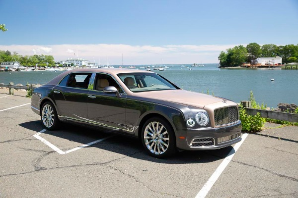 Used 2017 Bentley Mulsanne EWB for sale $295,900 at Pagani of Greenwich in Greenwich CT 06830 10