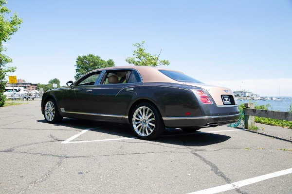 Used 2017 Bentley Mulsanne EWB for sale $295,900 at Pagani of Greenwich in Greenwich CT 06830 5