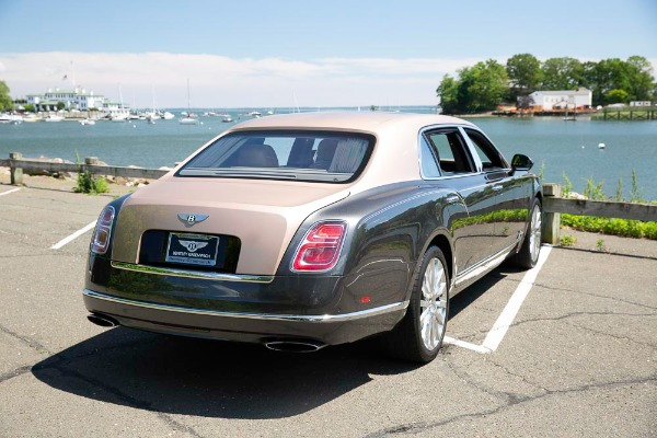 Used 2017 Bentley Mulsanne EWB for sale $295,900 at Pagani of Greenwich in Greenwich CT 06830 7
