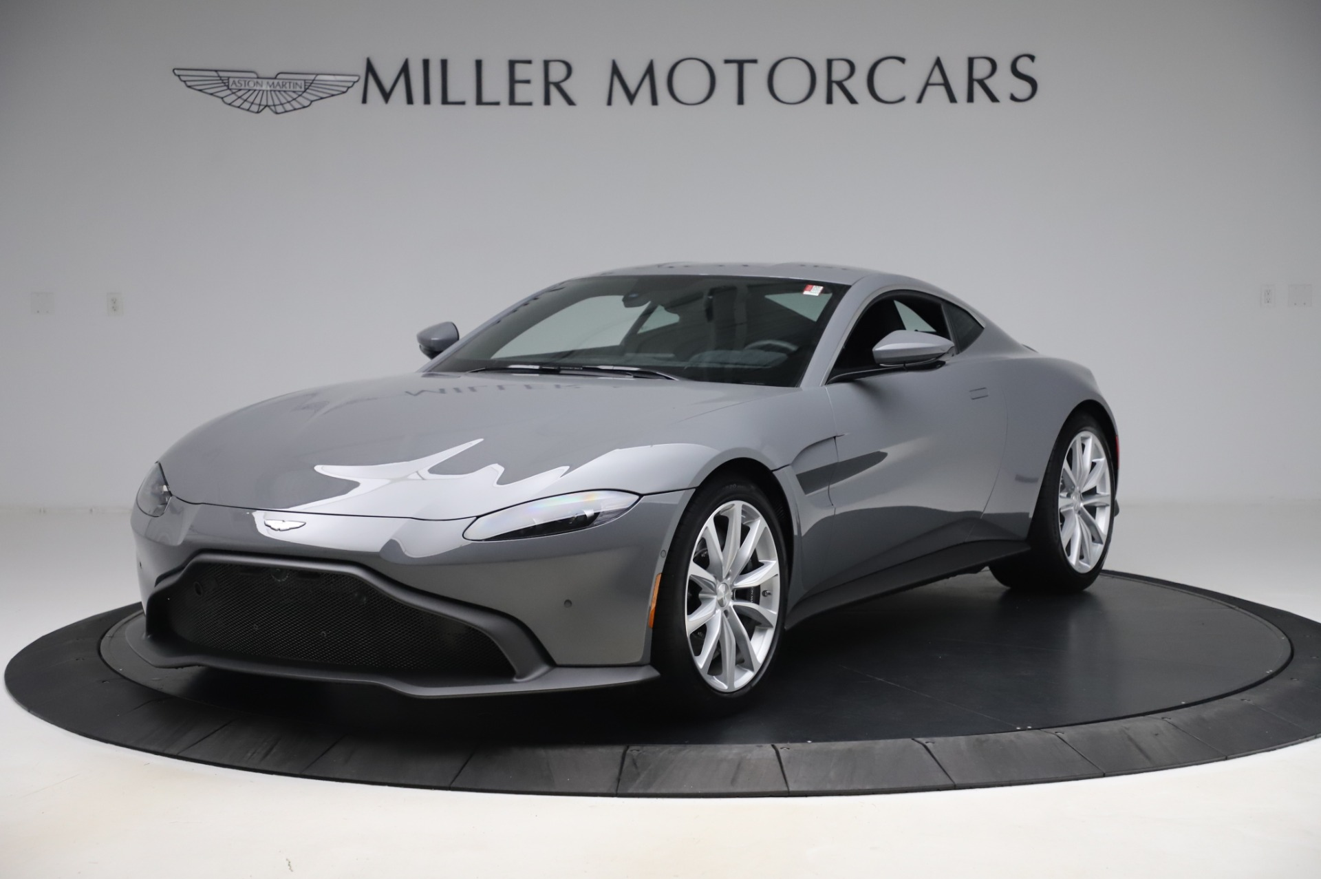 New 2020 Aston Martin Vantage Coupe for sale $165,381 at Pagani of Greenwich in Greenwich CT 06830 1