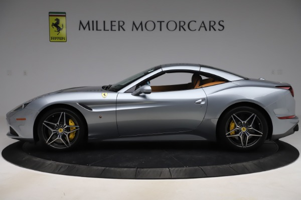 Used 2017 Ferrari California T for sale Sold at Pagani of Greenwich in Greenwich CT 06830 15