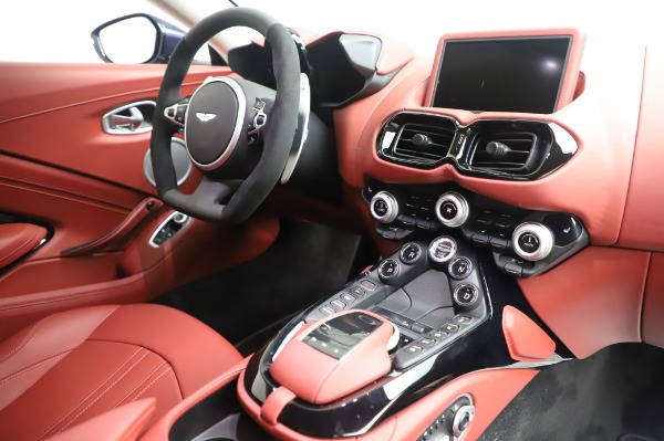 New 2020 Aston Martin Vantage for sale $177,481 at Pagani of Greenwich in Greenwich CT 06830 18