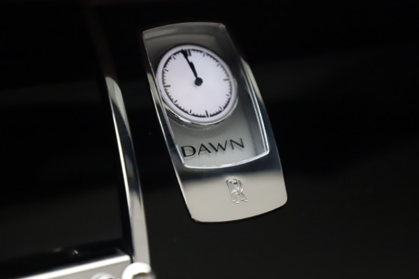 Used 2017 Rolls-Royce Dawn for sale $245,900 at Pagani of Greenwich in Greenwich CT 06830 24