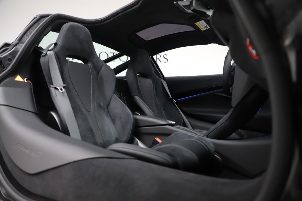 New 2020 McLaren 720S Performance for sale $349,050 at Pagani of Greenwich in Greenwich CT 06830 20