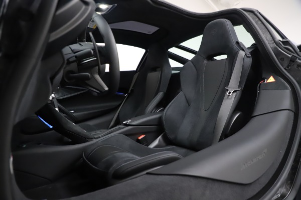 New 2020 McLaren 720S Coupe for sale $349,050 at Pagani of Greenwich in Greenwich CT 06830 22