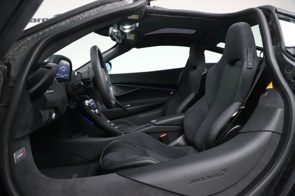 New 2020 McLaren 720S Performance for sale $347,550 at Pagani of Greenwich in Greenwich CT 06830 19
