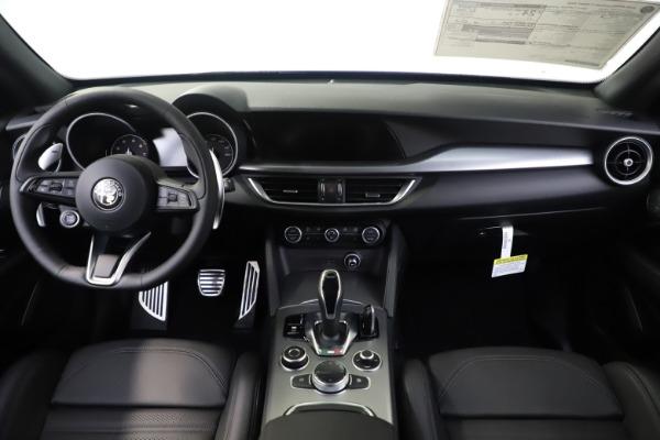 New 2020 Alfa Romeo Stelvio Ti Sport Q4 for sale $57,945 at Pagani of Greenwich in Greenwich CT 06830 16