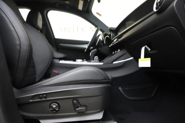 New 2020 Alfa Romeo Stelvio Ti Sport Q4 for sale $57,945 at Pagani of Greenwich in Greenwich CT 06830 23