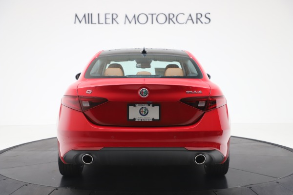 New 2020 Alfa Romeo Giulia Q4 for sale $46,395 at Pagani of Greenwich in Greenwich CT 06830 6
