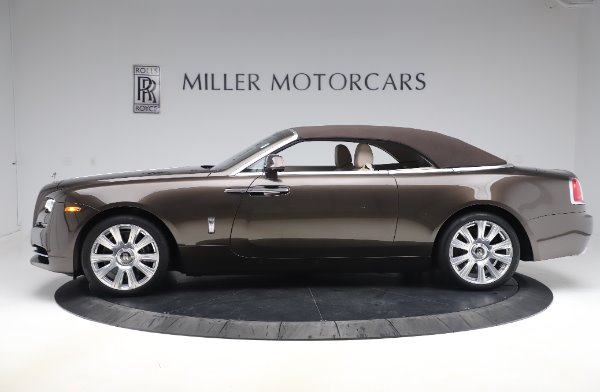 Used 2017 Rolls-Royce Dawn Base for sale $248,900 at Pagani of Greenwich in Greenwich CT 06830 14