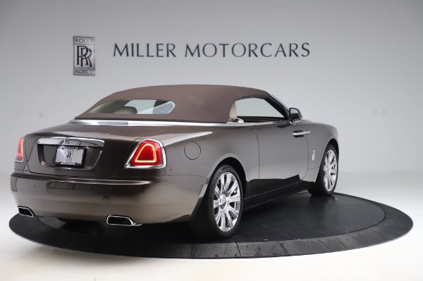 Used 2017 Rolls-Royce Dawn Base for sale $248,900 at Pagani of Greenwich in Greenwich CT 06830 17