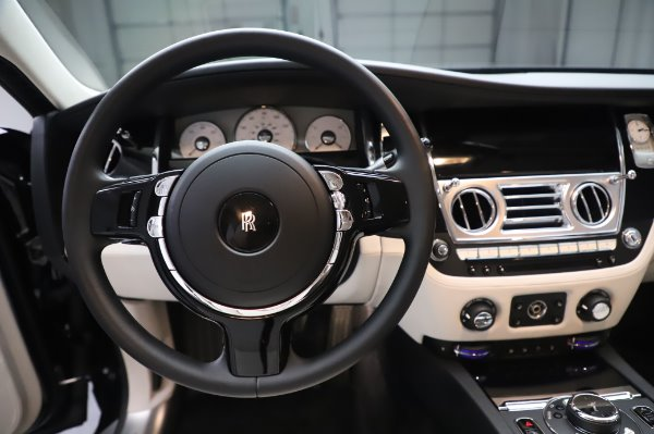 Used 2015 Rolls-Royce Ghost for sale $159,900 at Pagani of Greenwich in Greenwich CT 06830 18