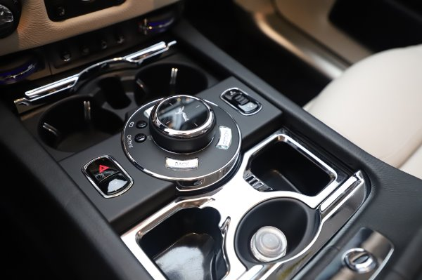 Used 2015 Rolls-Royce Ghost for sale $156,900 at Pagani of Greenwich in Greenwich CT 06830 21
