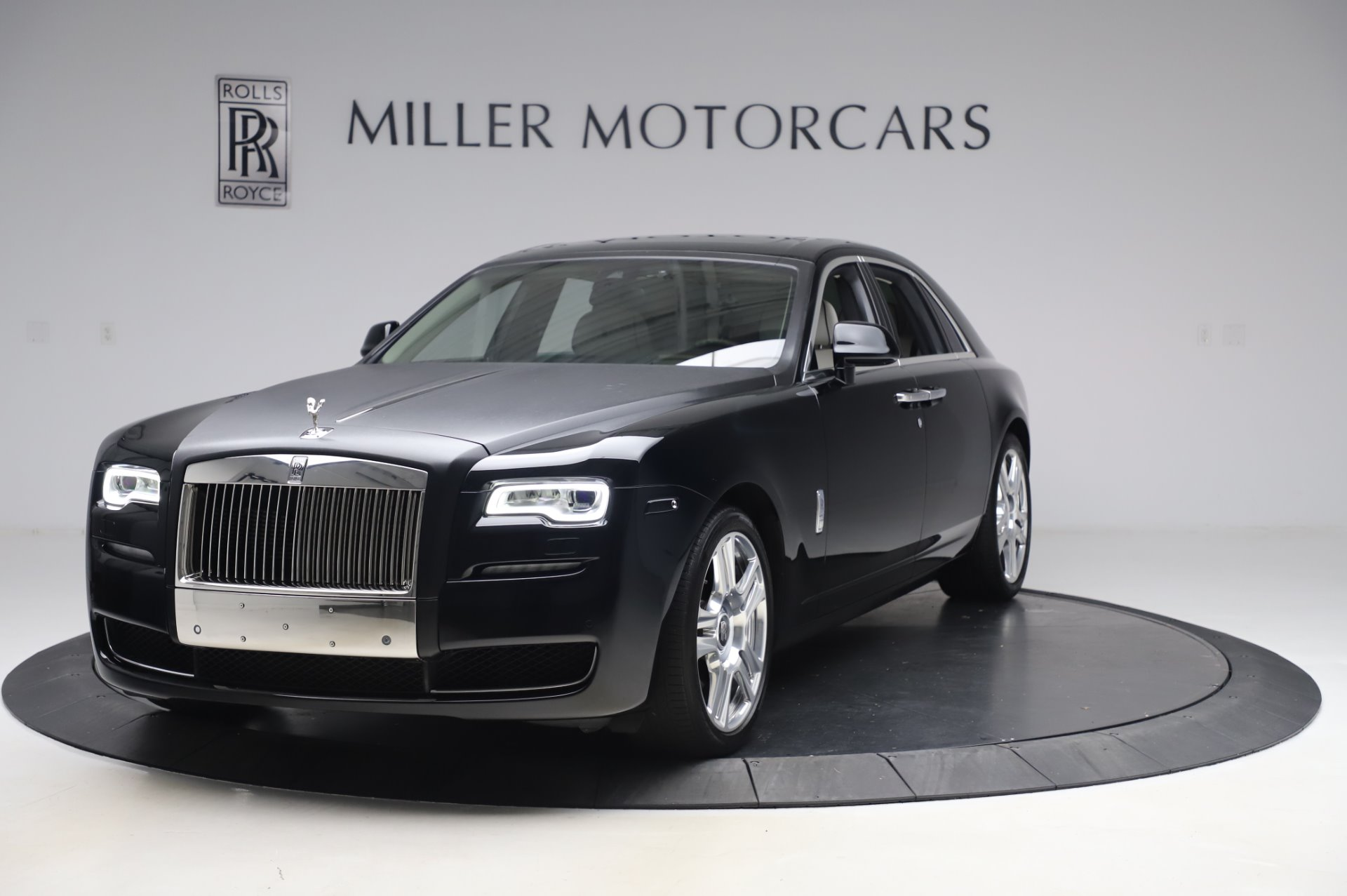Used 2015 Rolls-Royce Ghost for sale $159,900 at Pagani of Greenwich in Greenwich CT 06830 1