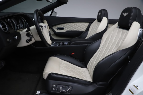 Used 2014 Bentley Continental GTC V8 for sale $109,900 at Pagani of Greenwich in Greenwich CT 06830 27
