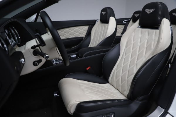 Used 2014 Bentley Continental GTC V8 for sale $109,900 at Pagani of Greenwich in Greenwich CT 06830 28