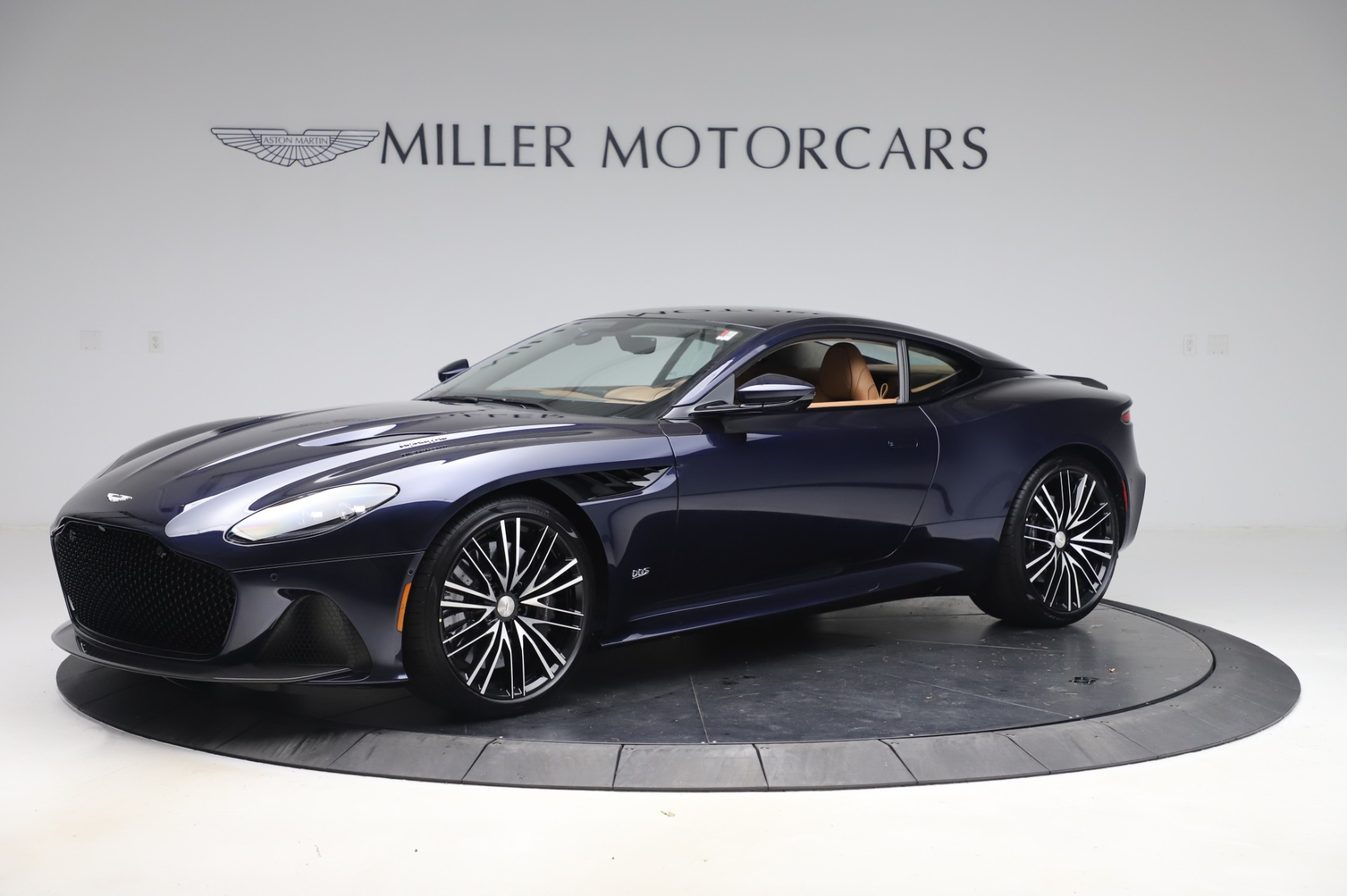 New 2020 Aston Martin DBS Superleggera for sale $338,286 at Pagani of Greenwich in Greenwich CT 06830 1