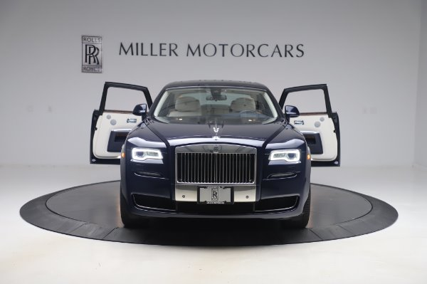 Used 2016 Rolls-Royce Ghost for sale $173,900 at Pagani of Greenwich in Greenwich CT 06830 11