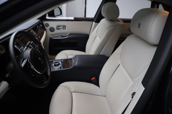 Used 2016 Rolls-Royce Ghost for sale $173,900 at Pagani of Greenwich in Greenwich CT 06830 12