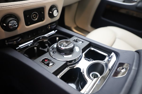 Used 2016 Rolls-Royce Ghost for sale $173,900 at Pagani of Greenwich in Greenwich CT 06830 21