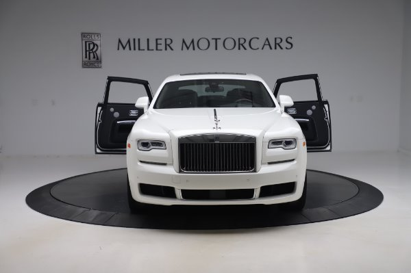 Used 2018 Rolls-Royce Ghost for sale $247,900 at Pagani of Greenwich in Greenwich CT 06830 10