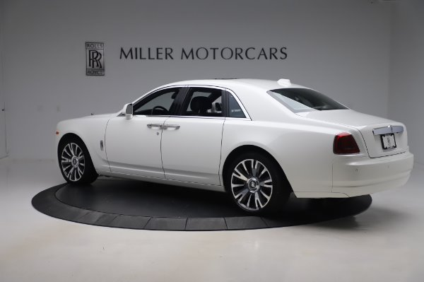 Used 2018 Rolls-Royce Ghost for sale $247,900 at Pagani of Greenwich in Greenwich CT 06830 5
